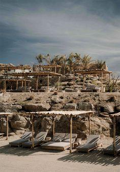 Scorpios Mykonos is a hip beach club near Mykonos Town. Stylish Scorpios Beach Club Mykonos has 2 beaches, plenty of lounge areas and a great restaurant. Mykonos Grecia, Club Mykonos, Beach Club, Scorpios Mykonos, Villa Am Meer, Khao Lak Beach, Lamai Beach, Beach Bedding, Gardens