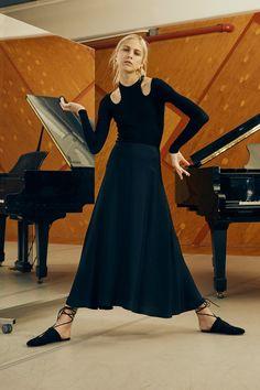 Rosetta Getty Spring 2016 Ready-to-Wear Collection Photos - Vogue Vogue Paris, Spring Fashion, Fashion Show, High Fashion, Women's Fashion, Fashion Silhouette, Rosetta Getty, Textiles, Spring Summer 2016