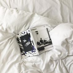 Starting my day reading the @hypebeast restoration issue, good morning NYC! (ved Hotel Americano: Chelsea, New York)