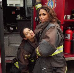 the ladies of chicago fire Chicago Fire Gabby, Taylor Kinney Chicago Fire, Chicago Med, Chicago Justice, Gabby Dawson, Chicago Crossover, Cops Tv, Monica Raymund, Tips