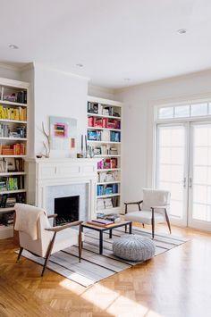 Cozy sitting spot designed by John Lum Architecture(via Desire to Inspire).