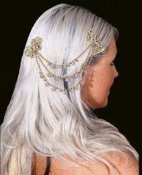 Nos plus beaux ornements pour cheveux parmi des modèles or, argent ou encore strassés. Un bijou original et indispensable pour sublimer votre costume de danse orientale...