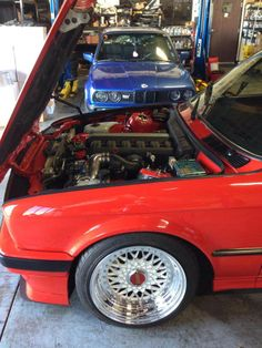 Bmw E30 Touring, Bmw Engines, Car Parts And Accessories, Bmw 2002, Alkaline Diet, Bmw 3 Series, Hot Cars, Cars And Motorcycles, Panama