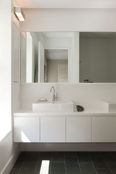 B/w minimalist bathroom Khanna Schultz, Cobble Hill Townhouse, Architect Is In | Remodelista