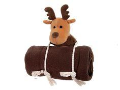Mit diesem Spielzeug für Hunde kommen Sie garantiert gut an. Das ausgefallene Plüschweihnachts-Set mit Spielzeug und Liegedecke sind originell und praktisch verpackt. Natürlich kann das Set auch einzeln verwendet werden. Die Hundedecke ist bei 30 Grad waschbar. Das Set ist auch als Geschenk gut geeignet.
