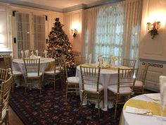 Living Room seating at Glenview Mansion in December 2016