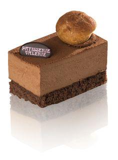 Dark Belgian chocolate and fresh cream mousse set on dark chocolate sponge.
