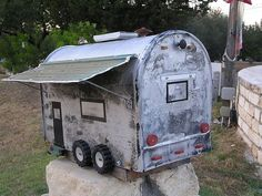 47 Insanely unusual and cool mailboxes for your home - Home and Garden - DIY and Crafts - Home Decor - Travel Destinations - Christmas Mailbox On House, Mailbox Garden, Diy Mailbox, Mailbox Decals, Mailbox Landscaping, Mailbox Post, Mailbox Planter, Landscaping Ideas, Funny Mailboxes