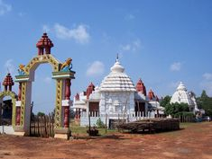 MAUSI MAA TEMPLE- ONE OF THE FAVORITE PLACES OF LORD JAGANNATH  Puri is one of the majestic places. The serene land is ornamented with gorgeous beaches, rolling surf of Bay of Bengal, and the temples, which make Puri one of the sacred places.