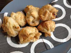 Ingezonden door Bert-Jan: bladerdeeghapjes met geitenkaas, honing en tijm - Lekker en Simpel