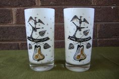 2 Two Cool George Briard Pear Vintage glasses. by DamenArt on Etsy
