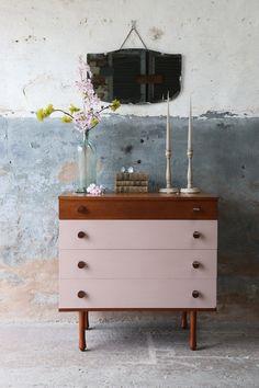 Upcycled Vintage Teak Avalon Chest Of Drawers In Nougat Pink 1960s Furniture, Diy Furniture Renovation, Mid Century Furniture, Furniture Styles, Furniture Makeover, Funky Furniture, Furniture Design, Pink Chest Of Drawers, Pink Chests