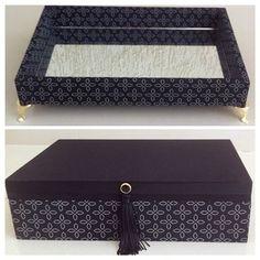 Bandeja perfumes e caixa jóias #bandeja #bandejamdf #bandejaquarto #bandejatecido #caixas #caixa #caixamdf #caixajoias #caixatecido #caixarelogio #caixadecorada #presente #presentear #perfume #amigo #agradar #amizade #natal #amigooculto #amigosecreto