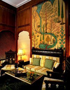 Om Kolthoum Suite  www.menahousehotel.com