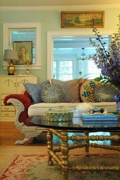 'Downton Abbey' inspires home decor. Good article about this cutting-edge trend to return to Edwardian design/decor.