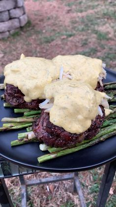 Steak Oscar, Oscar Food, Beef Dishes, Food Dishes, Beef Recipes, Cooking Recipes, Mexican Food Recipes, Oscar Recipe, Comida Diy
