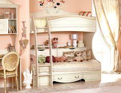 Двухъярусная кровать - это удобно, красиво и практично! Экономия пространства нужна не только при недостатке площади. Даже в больших комнатах при наличии двоих детишек необходимо как можно больше свободного места для подвижных игр, обустройства рабочей зоны, расположения шкафов.   Также дети просто обожают кровати-чердаки, на них интересно играть, строить домики. Они снабжены не только спальным местом, а зачастую и встроенными ящиками, шкафами и полками.