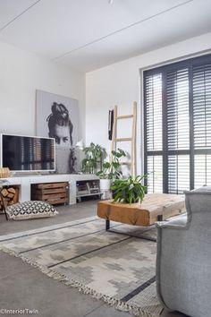 Interior Living Room Design Trends for 2019 - Interior Design Scandi Living Room, Simple Living Room, Living Room Storage, Living Room Grey, Home Living Room, Small Living, Interior Design Living Room, Living Room Decor, Bedroom Decor