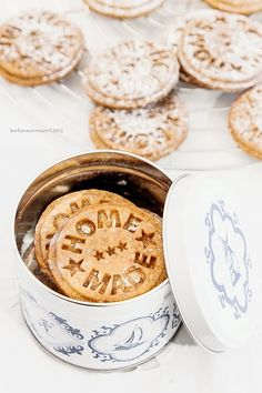 Biscotti zucca e cioccolato