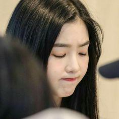 Seulgi, Sooyoung, Korean Girl, Asian Girl, Pout Face, Bare Face, Red Velvet Irene, Face Skin Care, Girl Bands