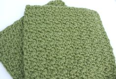Eco Friendly Organic Cotton Washcloths Green by Sweetbriers, $9.50.  i love this colour