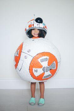 BB-8 costume // mycakies.com