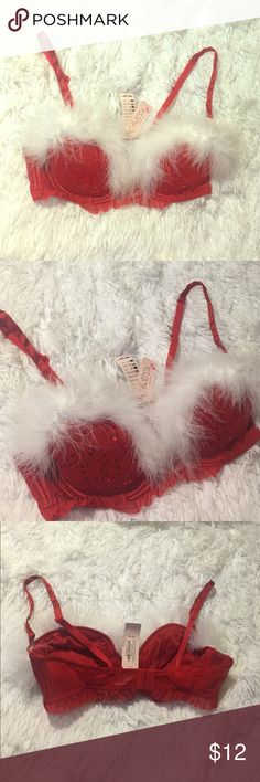 Sexy X-Mas Bra 🎄 Brand new with tags still attached size medium la Senza  bra. Sexy bra with red lace along the bottom, Red sequences on the cups and white fluff along the top. Adjustable straps and push-up padding in the cups! 💕Bundle with other items for instant discounts💕 Victoria's Secret Intimates & Sleepwear Bras