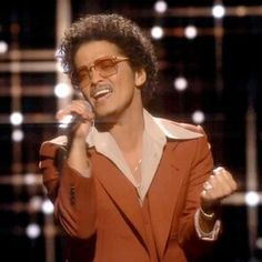 Bruno Mars, Beautiful Places To Travel, Best Places To Travel, Austin With Kids, San Antonio Missions, San Antonio River, Altitude Sickness, Inca Empire, Mountain Gorilla