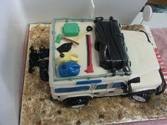 Land Rover Birthday Cake | Flickr - Photo Sharing! Special Birthday Cakes, 9th Birthday, Different Cakes, Aeroplanes, Confectionery, Sharks, How To Make Cake, 50th, Landing