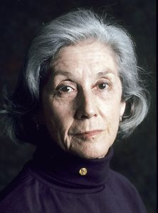 Nadine Gordimer b. 1923 The South African novelist and short story writer Nadine Gordimer examined the theme of exile and alienation in her works; she received the Nobel Prize for Literature in Story Writer, Book Writer, Nadine Gordimer, Nobel Prize In Literature, Nobel Prize Winners, Writers And Poets, People Of Interest, Playwright, Portraits