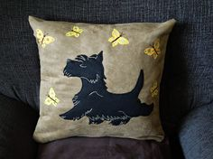 Scottish Terrier pillow cushion cover Bouncy by NaturelandsAndCo