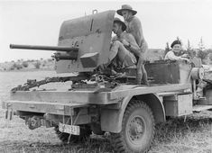 Anti tank rifle mounted on the back of a truck - the art of war Anti Tank Rifle, Afrika Corps, Naval, Tank Destroyer, History Online, Big Guns, Armored Vehicles, North Africa, World War Ii