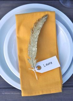 DIY Gold Glittered Feather Thanksgiving Place Cards