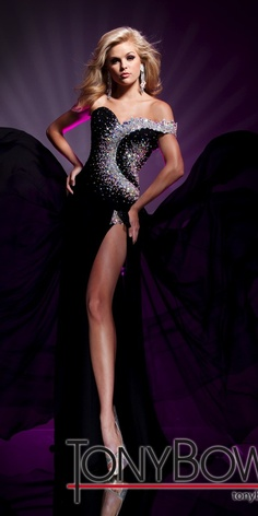 Tony Bowls.. I will never fall out of love with this dress!!