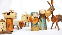 stuff we make out of junk, kids art + Lego (Search results for: corks) Cork Ornaments, Diy Christmas Ornaments, Diy Christmas Gifts, Christmas Projects, Handmade Christmas, Holiday Crafts, Christmas Crafts For Kids To Make, Kids Christmas, Xmas