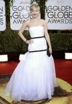 Fashionista Smile: Jennifer Lawrence: Get Her Red Carpet Look For Less