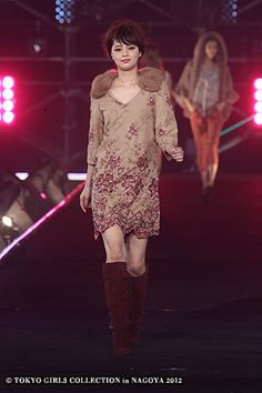 GRACE CONTINENTALTHE BANQUET | N.Natural Beauty Basic | Tokyo Girls Collection 2012  ( Japanese Fashion )