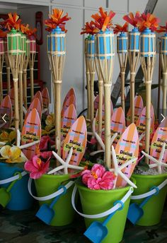 Cute Luau Party Centerpieces or Gift Bags #FLVS #goody #bags