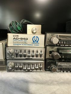 Pioneer Car Stereo, Pioneer Audio, Hifi Audio, Car Audio, Gadgets, Vader Star Wars, Record Players, Boombox, Old Tv