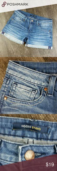 SOLD  Inventory# C76  VigossDenim Jean Shorty Shorts Womens Size 5/6   SummerSpring break Booty Shorts  GREAT PRE-OWNED CONDITION Vigoss Shorts Jean Shorts