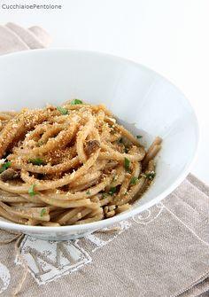 spaghetti alle acciughe e pangrattato | Cucchiaio e pentolone