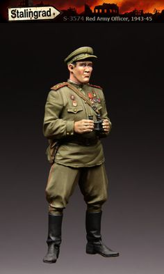 Soviet officer in 1/35 scale from stalingrad miniatures, now in stock!