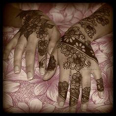 Beautiful Flower Henna Tattoo