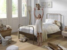 Pat metalic pentru copii Jacky Alama, 200 x 90 cm Kidsroom, Toddler Bed, Interior Design, Furniture, Jeanne, Home Decor, Kids Girls, Nursery, Child Room