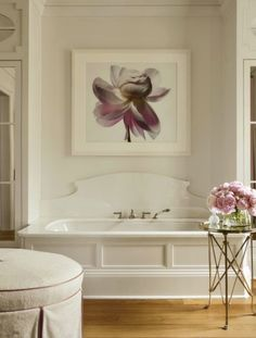suzanne-kasler-milieu-la-dolce-vita-bathroom