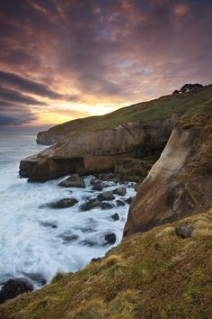 Tunnel Beach, Otago Peninsula, New Zealand   Chris Gin