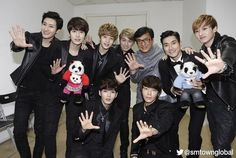 SMTown Global Twitter Update - Super Junior M with popular Asian star, Jackie Chan!