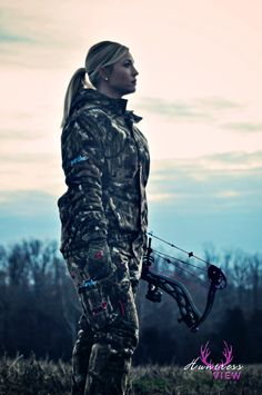 Allison O'Nan | Huntress View women hunters, huntress, archery, bow hunting, camo, Stokerized Stabilizers, Bowtech HeartBreaker, Carbon Rose, ScentBlocker, EvoOutdoors
