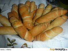 Rohlíky jako dech - úžasné! http://www.toprecepty.cz/recept/17115-rohliky-jako-dech---uzasne/