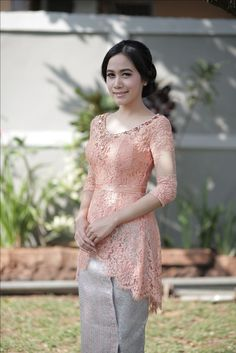 Great Lace Dresses from 20 of the Of The Best Lace Dresses collection is the most trending fashion o Kebaya Lace, Kebaya Hijab, Kebaya Dress, Batik Kebaya, Kebaya Muslim, Batik Dress, Model Kebaya Modern, Kebaya Modern Dress, Kebaya Simple